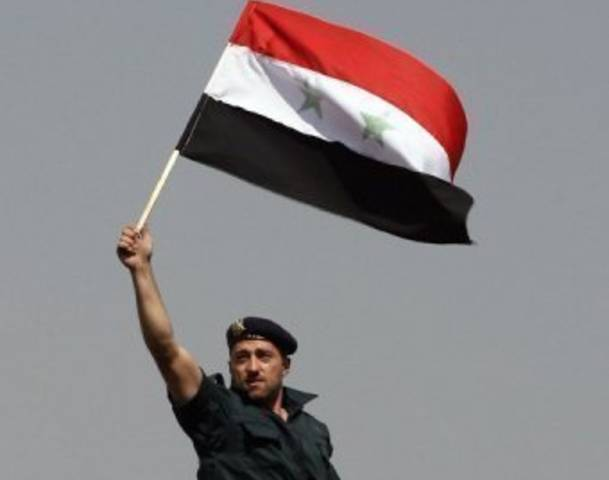 http://thelemniscat.files.wordpress.com/2013/05/78612447-syrian-soldier.jpg